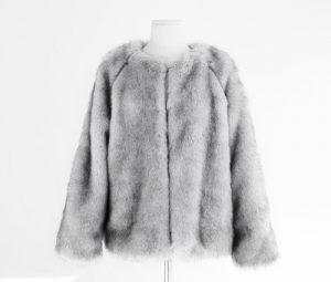 Giặt áo khoác lông thú Thủ Dầu Một