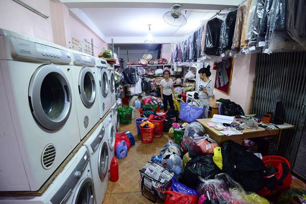 Sử dụng dịch vụ giặt ủi quần áo Thủ Dầu Một
